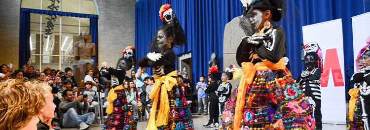 Dia de los Muertos (Day of the Dead) performance