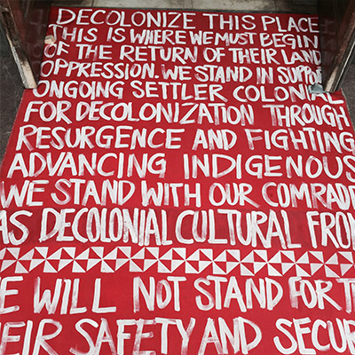 Sign about decolonization