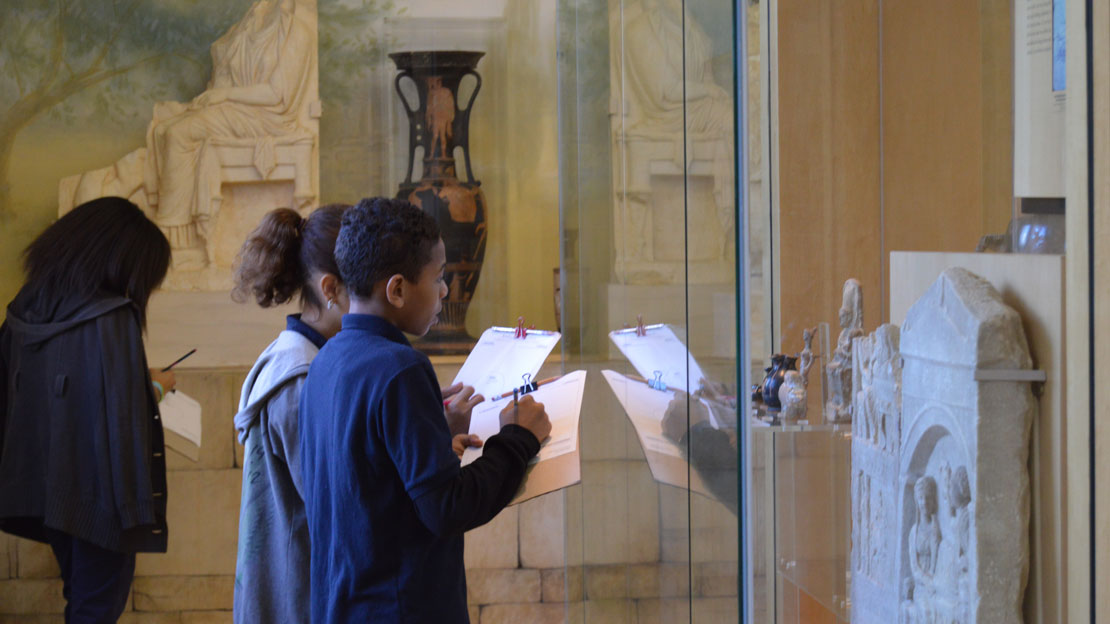 Children on a self-guided tour in a gallery