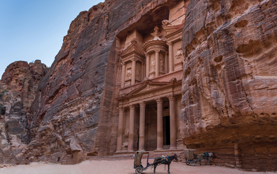 An entrance to a building at Petra, Jordan